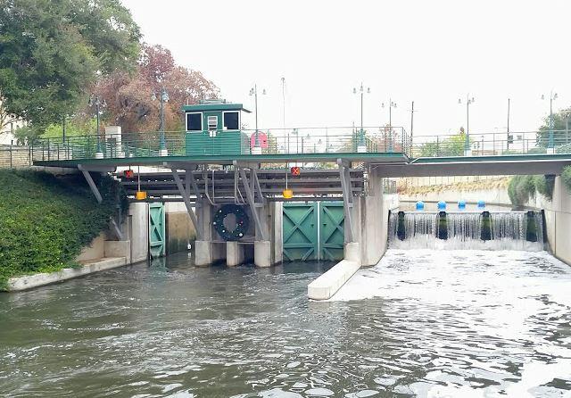 Locks and Dam, San Antonio