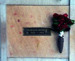 Marilyn Monroe's Grave, 2017